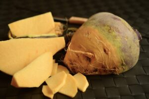Turnips - seasonal products on your vegetable gardens of March - Km Zero Tours Slow Travel Tuscany