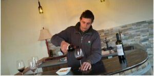 Km Zero Tours wine experience tasting the wine flavours of Tuscany - Chianti Classico wine