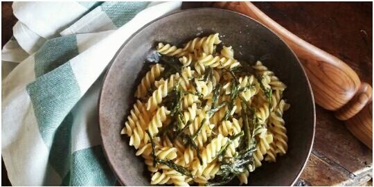 Farm to table pasta with wild asparagus with Km Zero Tours Slow Travel Tuscany